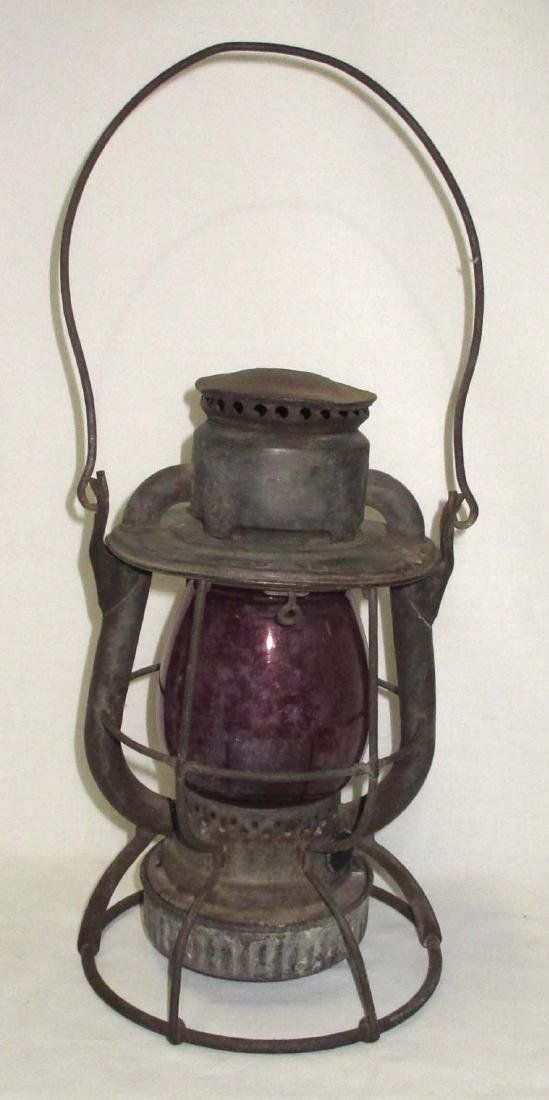 Dietz Vesta Red Globe RR Lantern