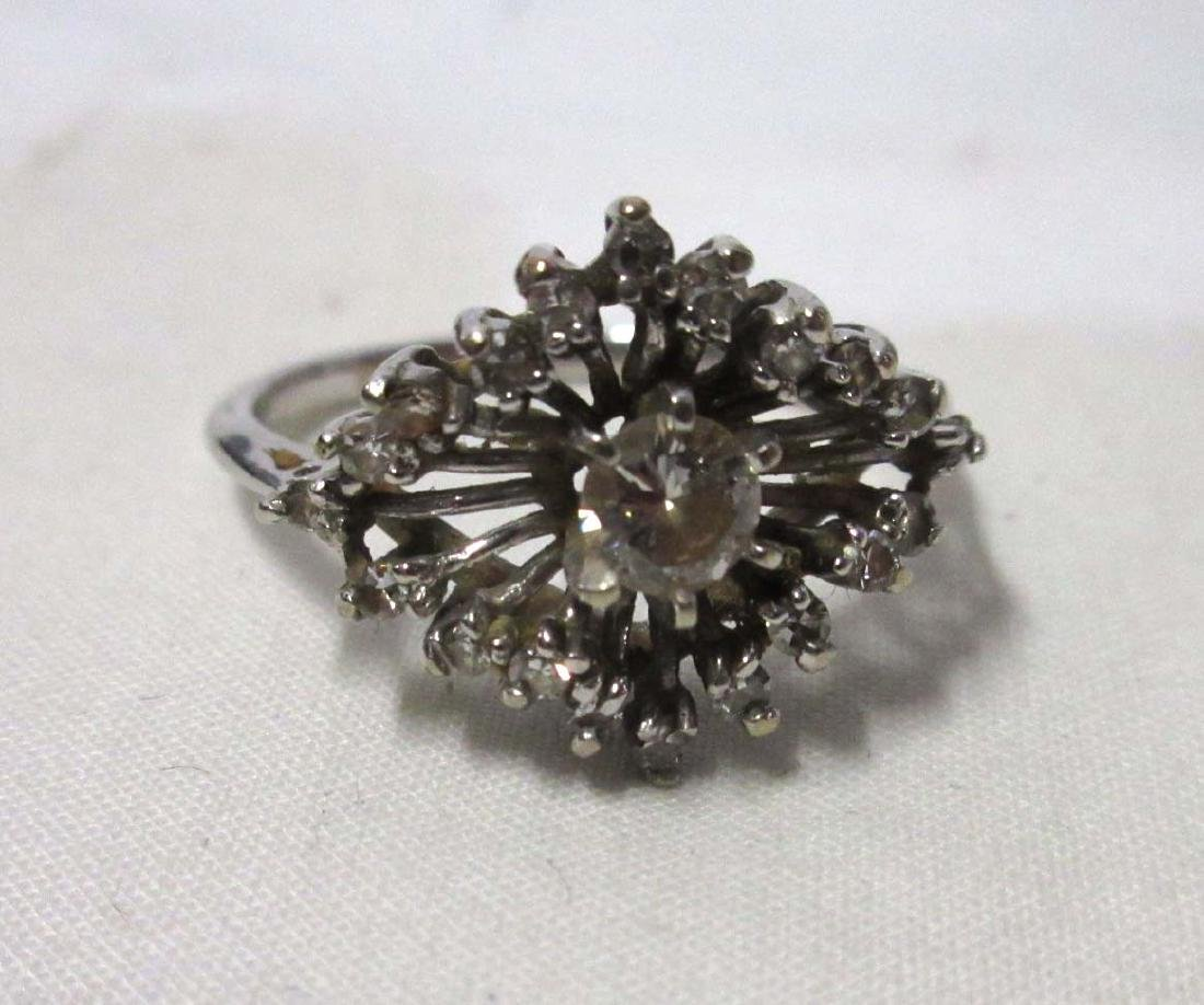 Pretty 14K White Gold Diamond Ring