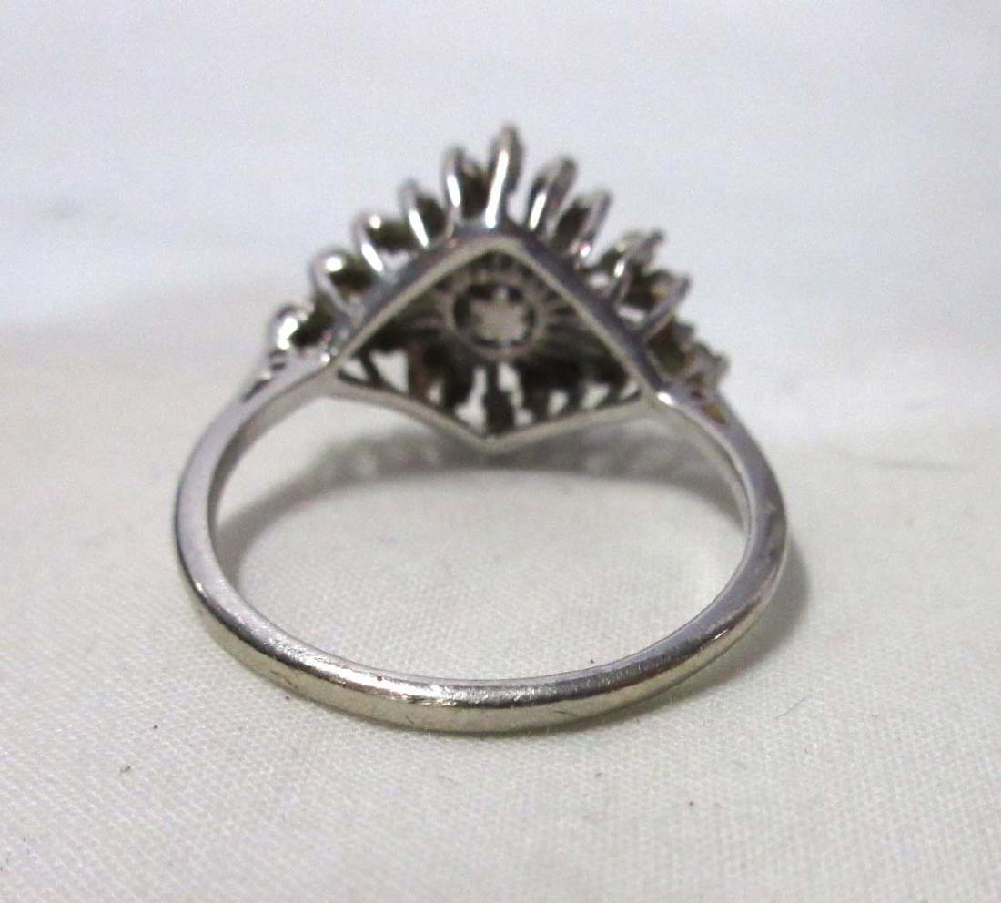 Pretty 14K White Gold Diamond Ring - 3