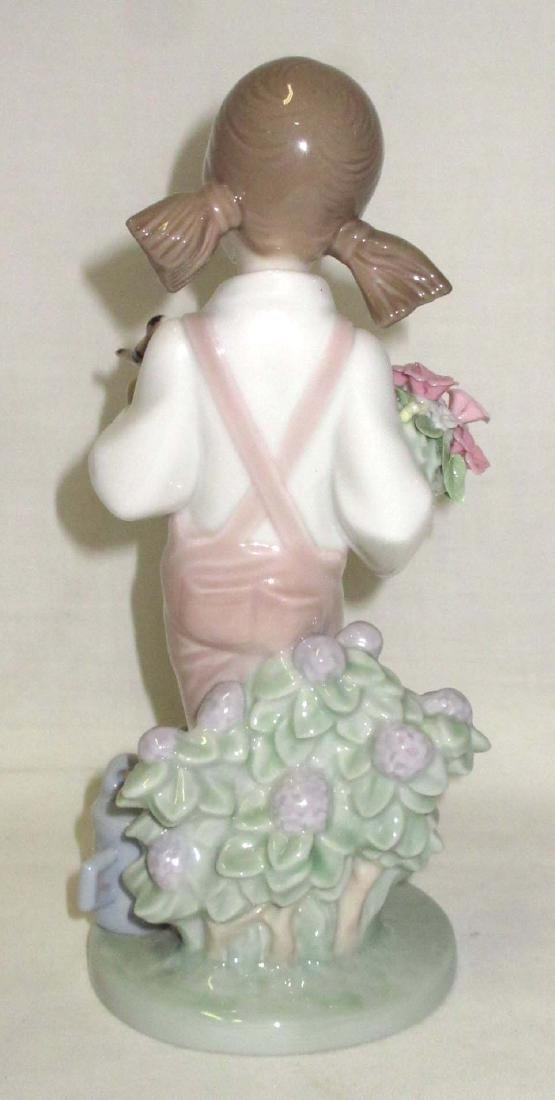 Lladro Figurine - 3