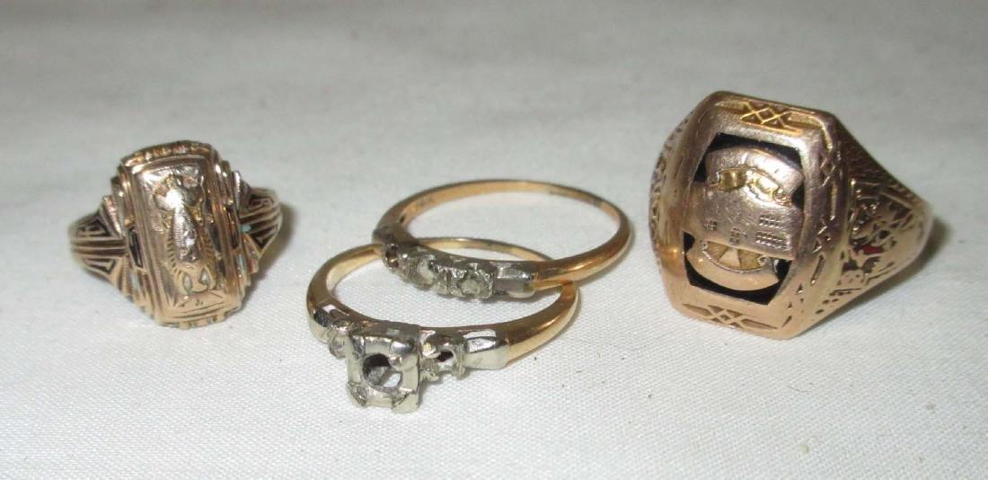 (2) 10K Class rings & 14K 2 pc Wedding Set