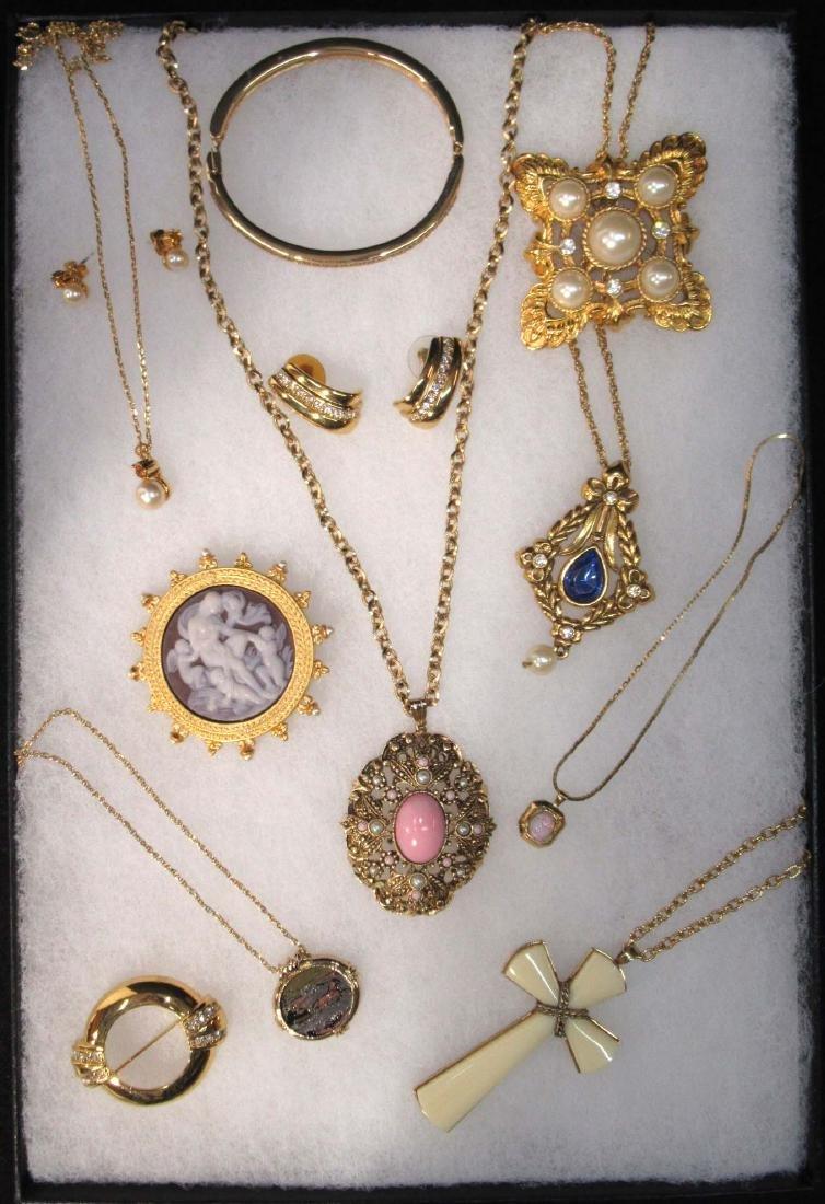 12pc Rich Avon Goldtone/Rhinestone Jewelry