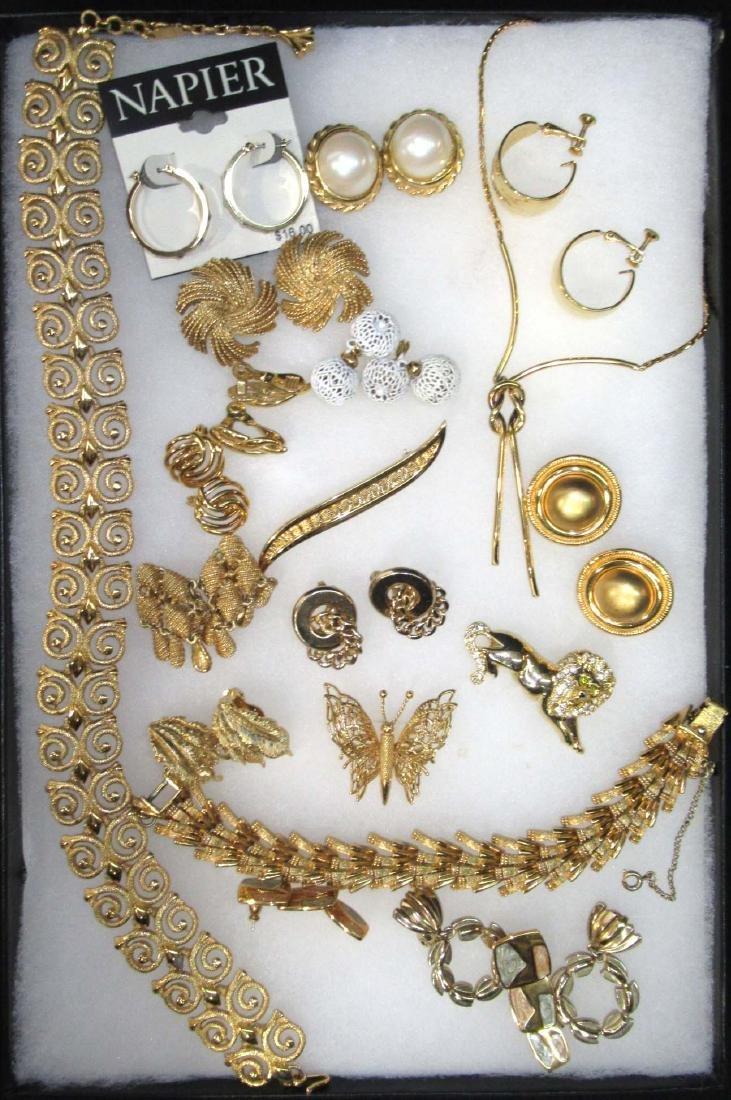 19pc Monet & Napier Goldtone Jewelry