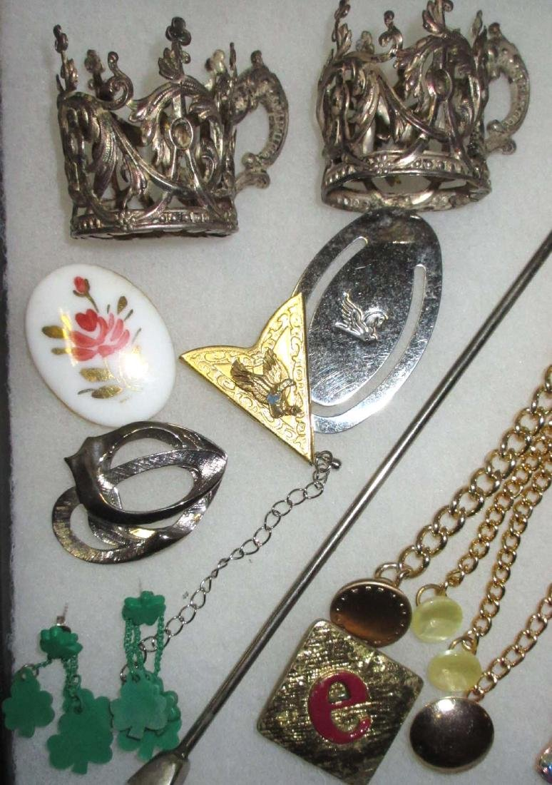 Lot Costume Jewelry Pins, Buttons, Money Clips etc.. - 2