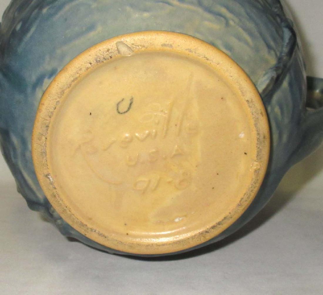 Roseville Pottery Vase 91-8 - 3