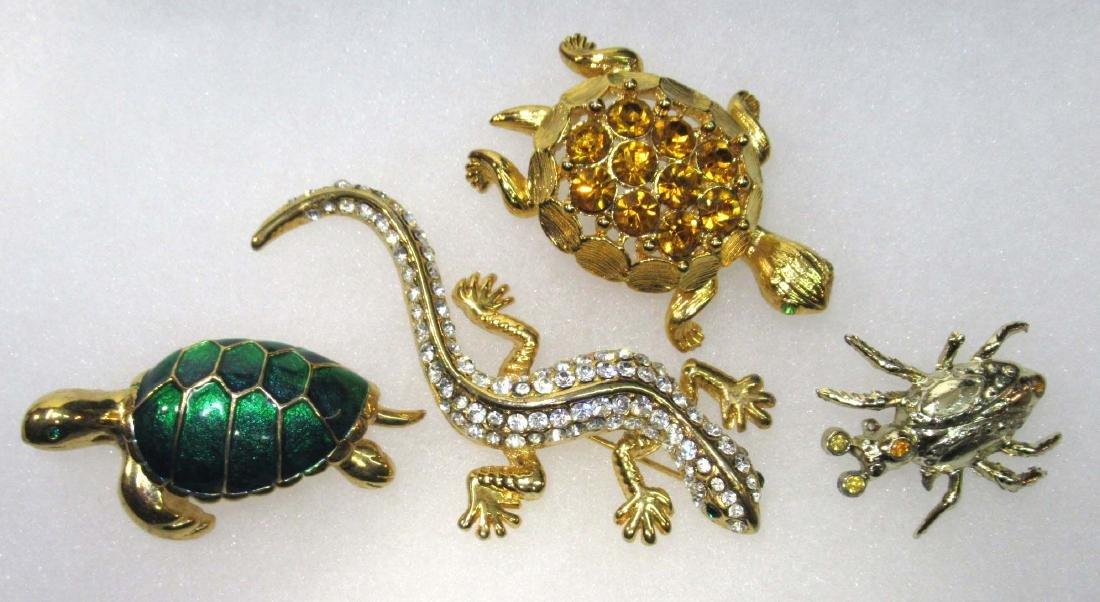 4 Animal Pins