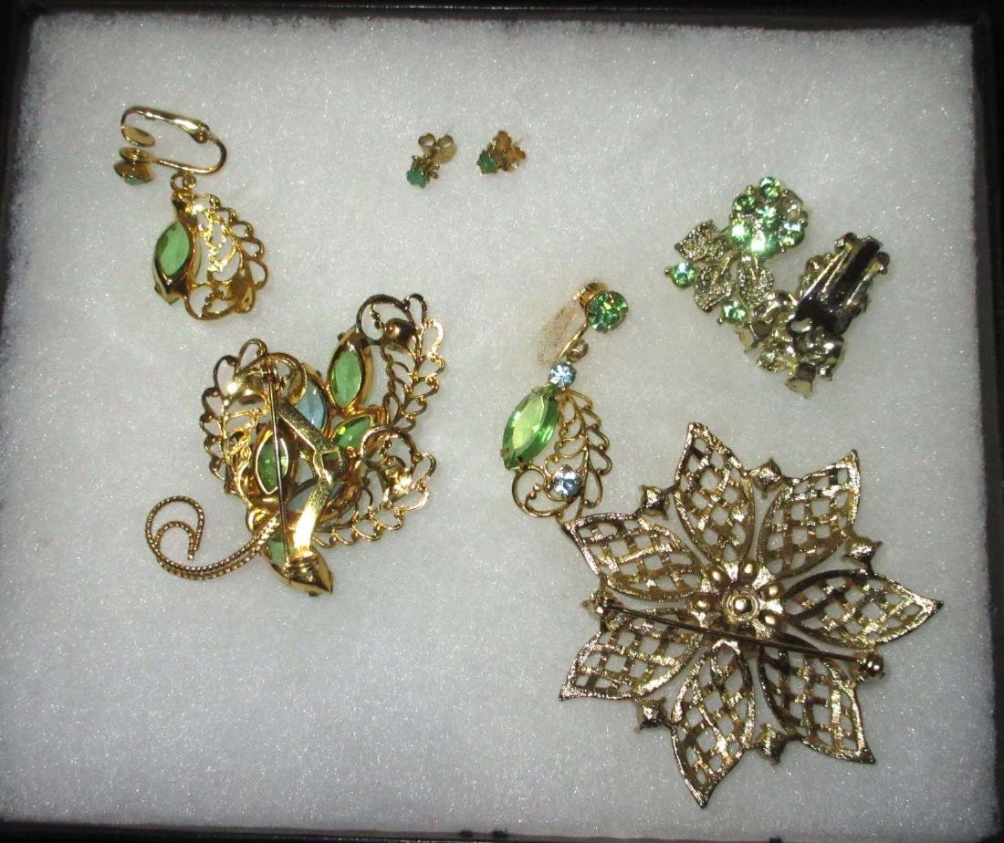 Goldtone Filigree & Green Rhinestone Jewelry 5 pieces - 2