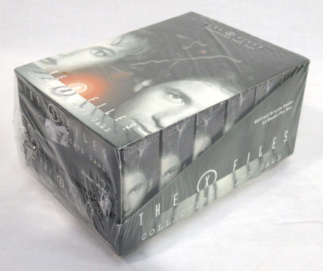 """Factory Boxes """"The X Files"""" Card Game"""