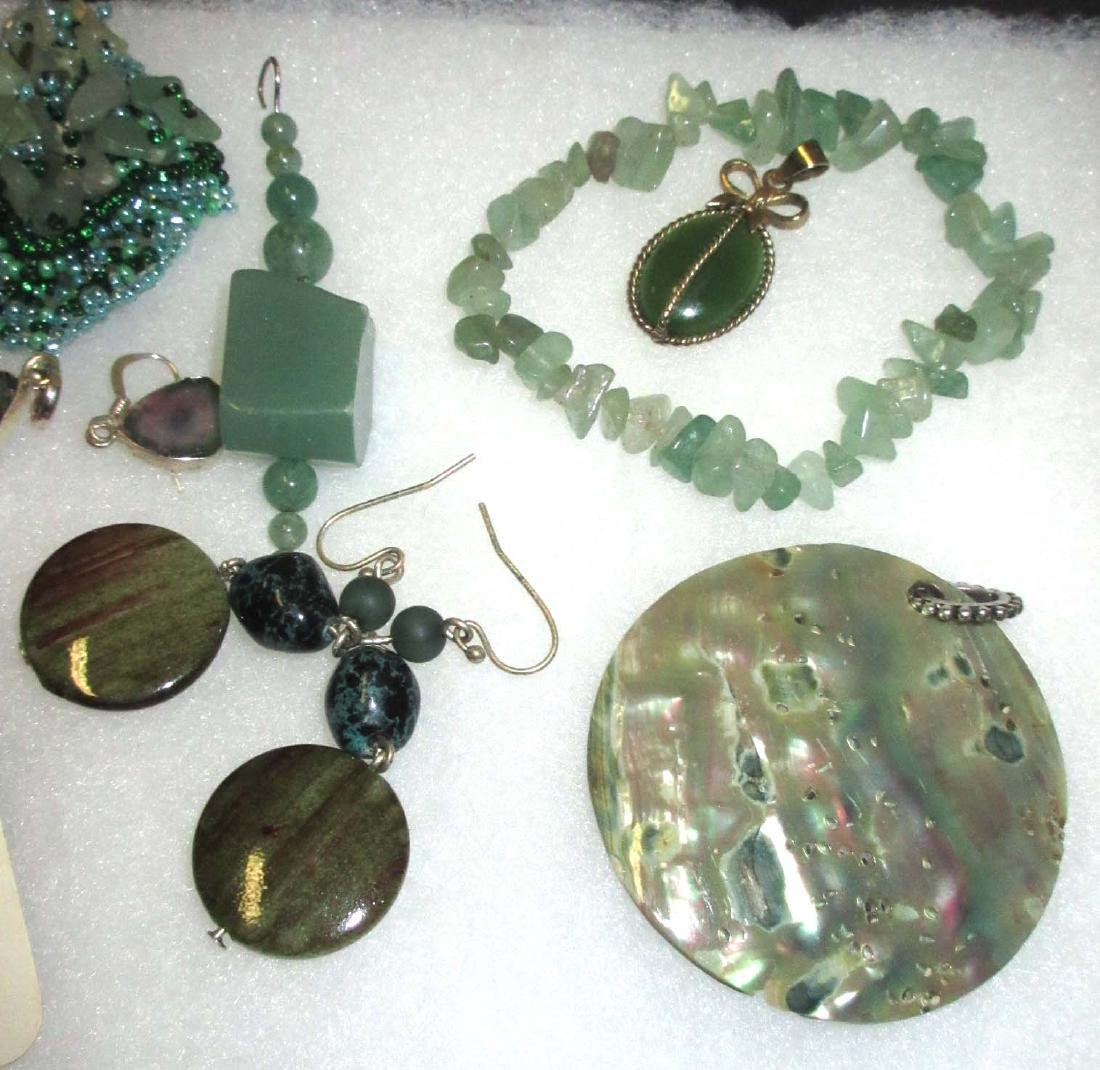 Jadeite & Amethyst Bracelets, Pendants & Earrings - 3