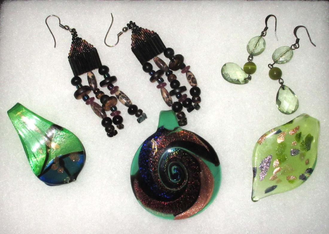 Art Glass, Murano Pendants & Earrings