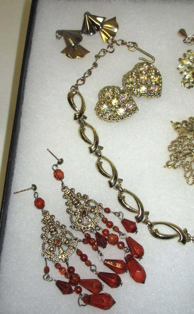 Collection of misc Goldtone jewelry - 2