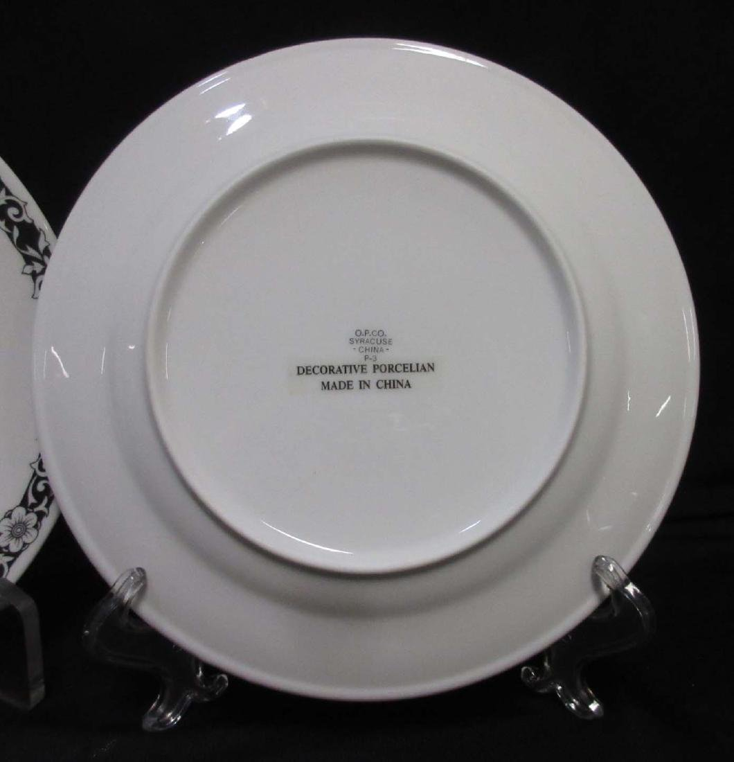 2 modern Coon Chicken Inn Plates - 3