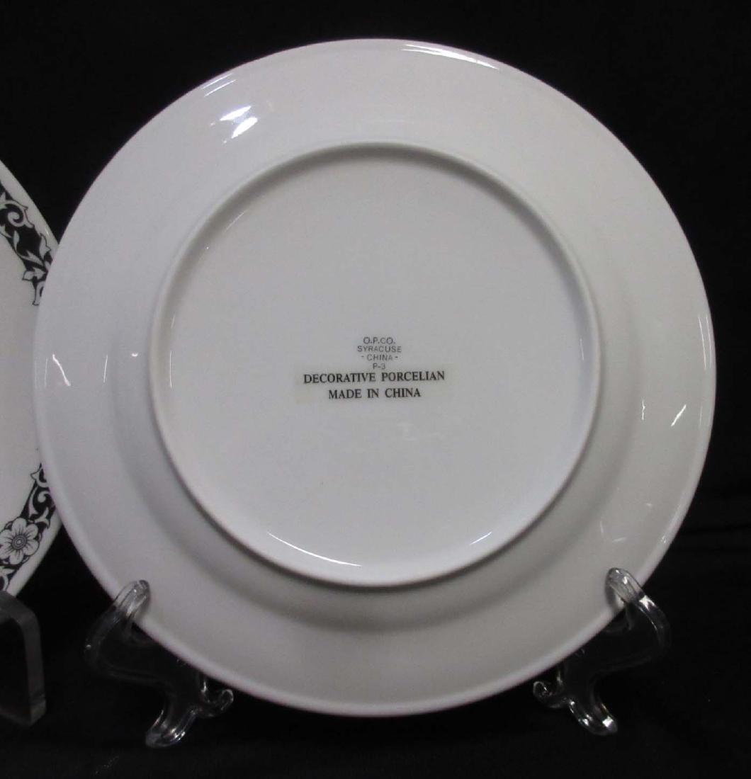 2 modern Coon Chicken Inn Plates - 3
