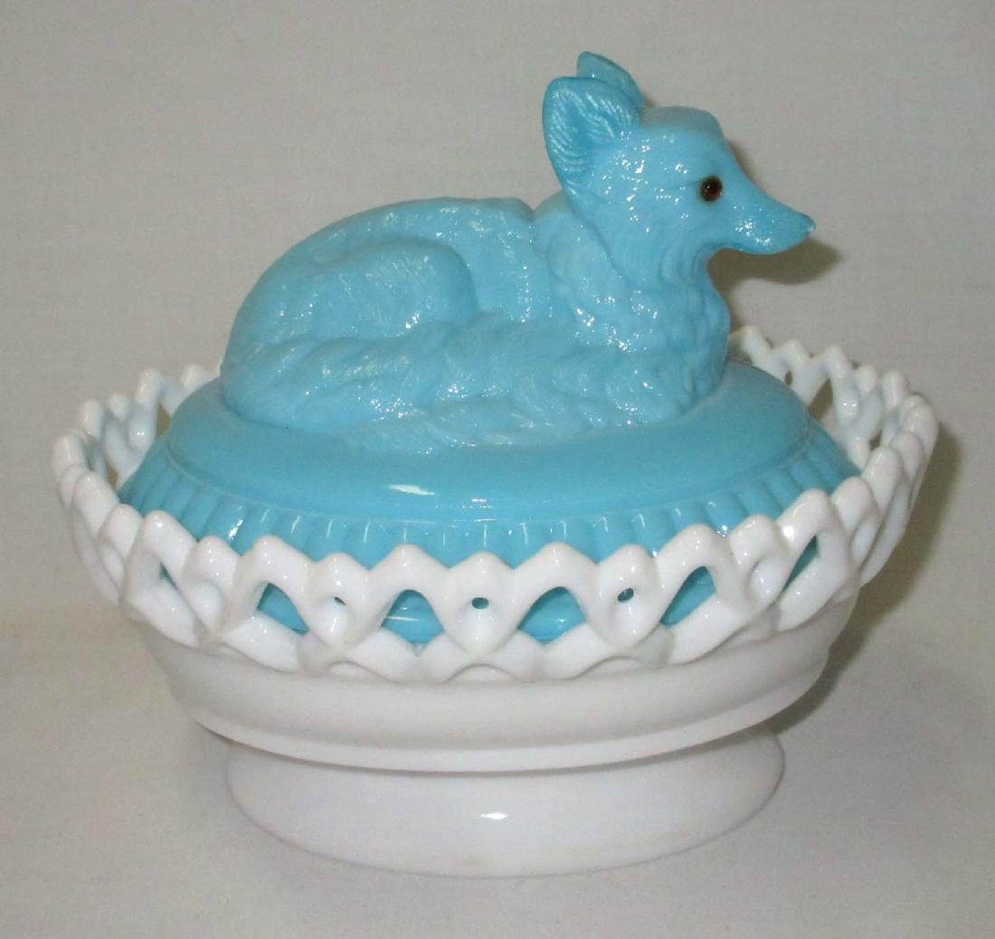 Bi Color Wolf Covered Dish