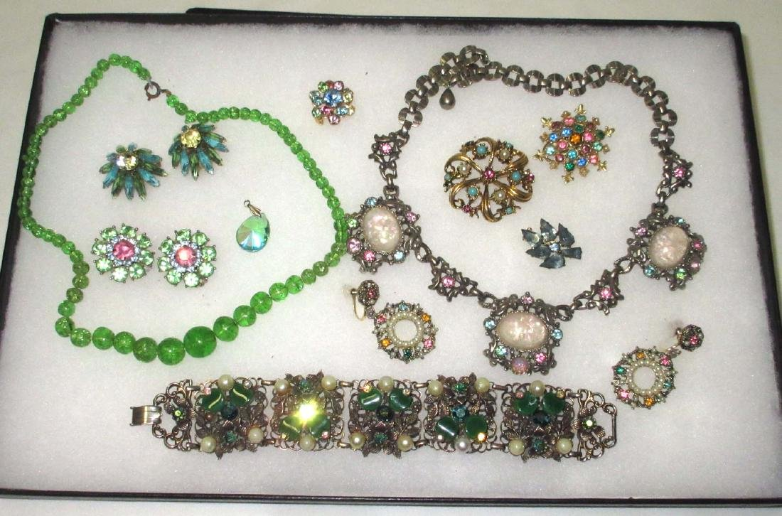 10 pc Multi Pastel Rhinestone Jewelry