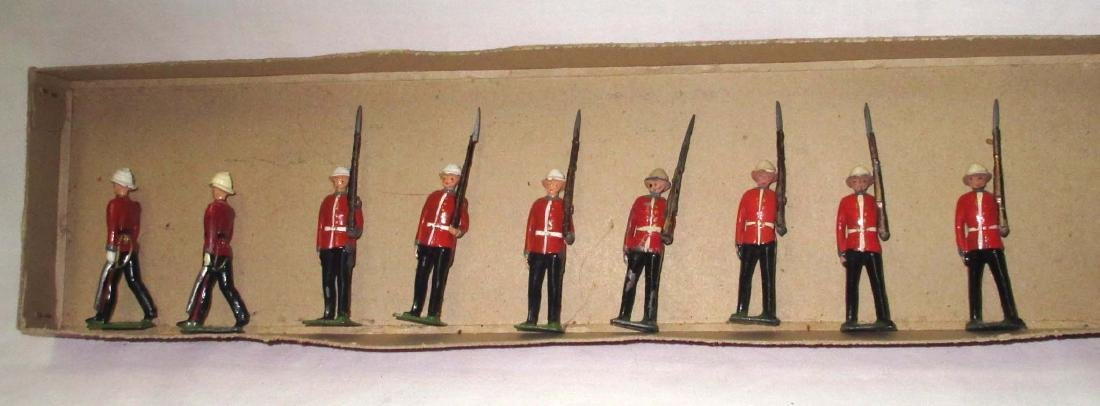 Lot of 9 Lead Soldiers