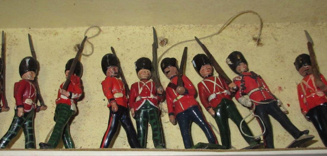 Lot of 13 Scottish Lead Soldiers - 3