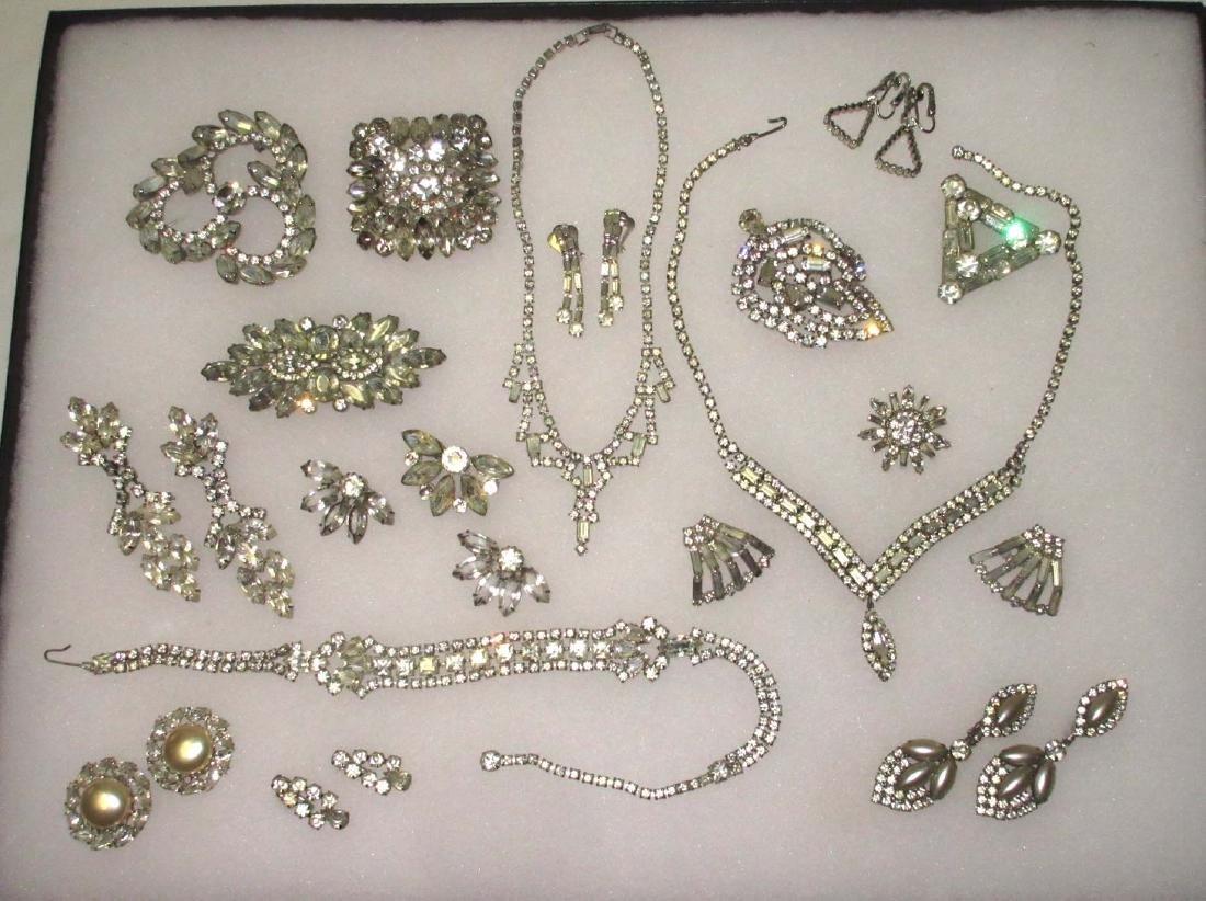 18 piece Fabulous Quality Rhinestone Jewelry