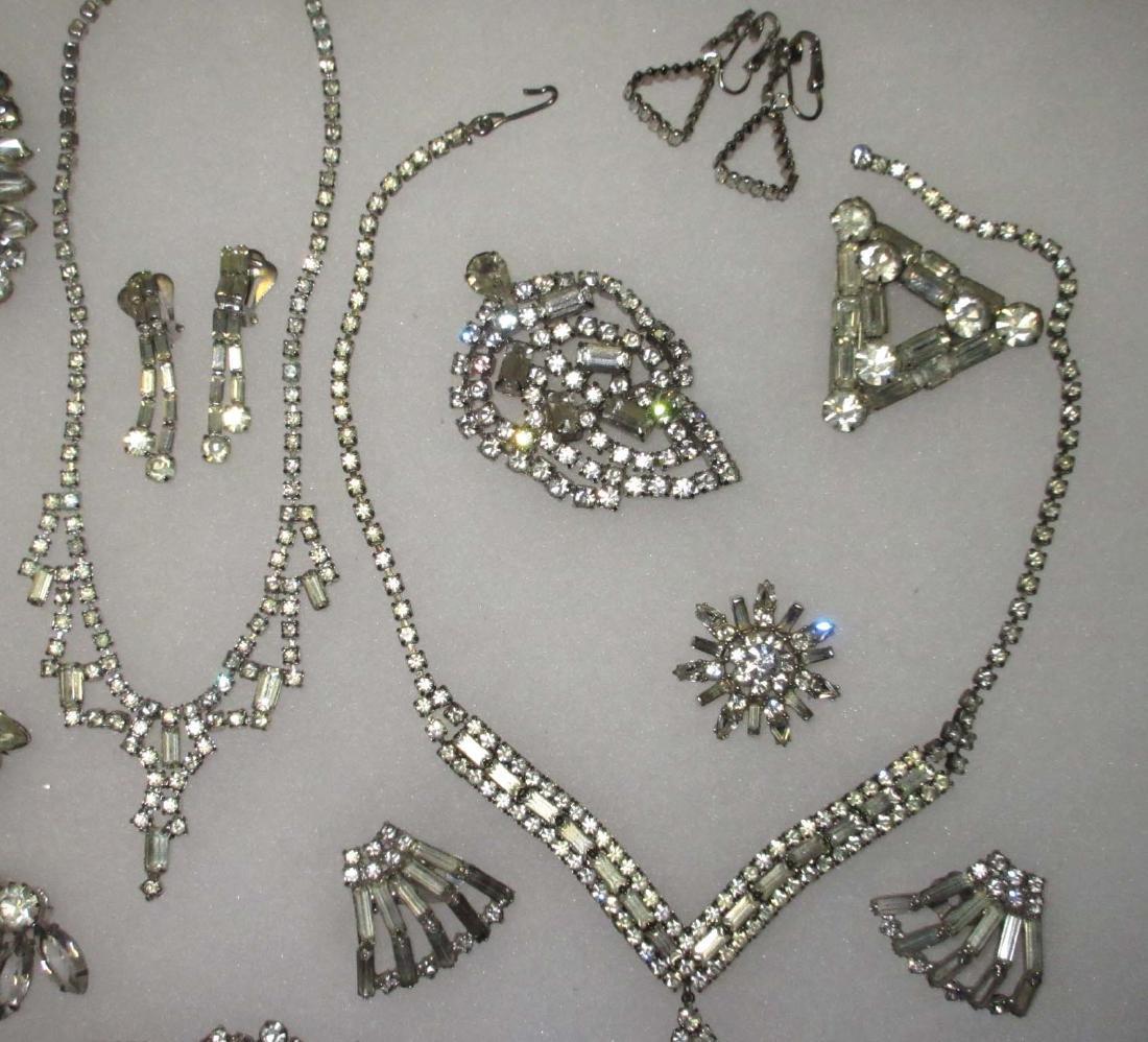 18 piece Fabulous Quality Rhinestone Jewelry - 4