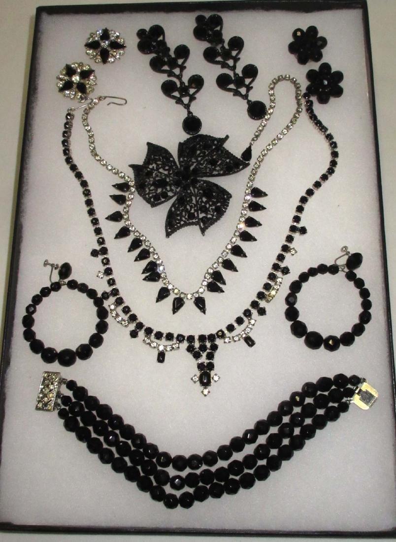 8 piece Great Black/Clear Rhinestone Jewelry