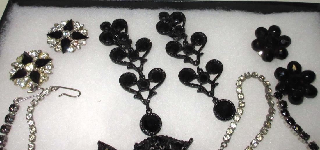 8 piece Great Black/Clear Rhinestone Jewelry - 2