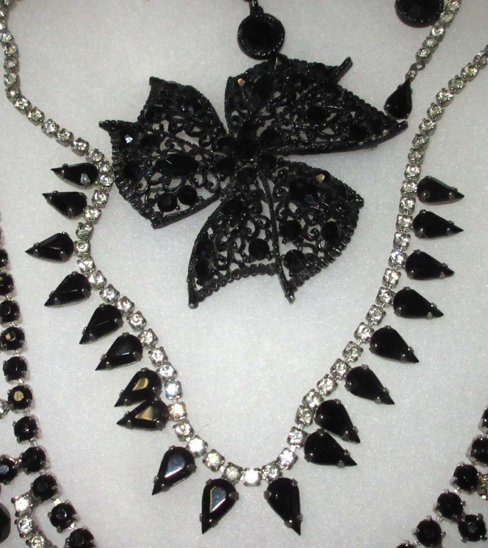 8 piece Great Black/Clear Rhinestone Jewelry - 3