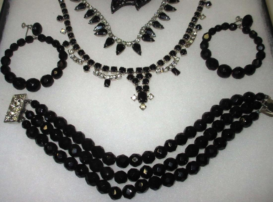 8 piece Great Black/Clear Rhinestone Jewelry - 4