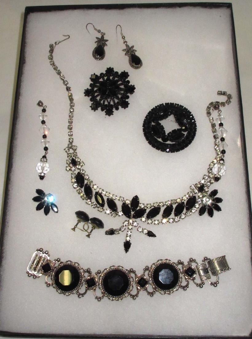 8 piece Nice Black/Clear Rhinestone Jewelry