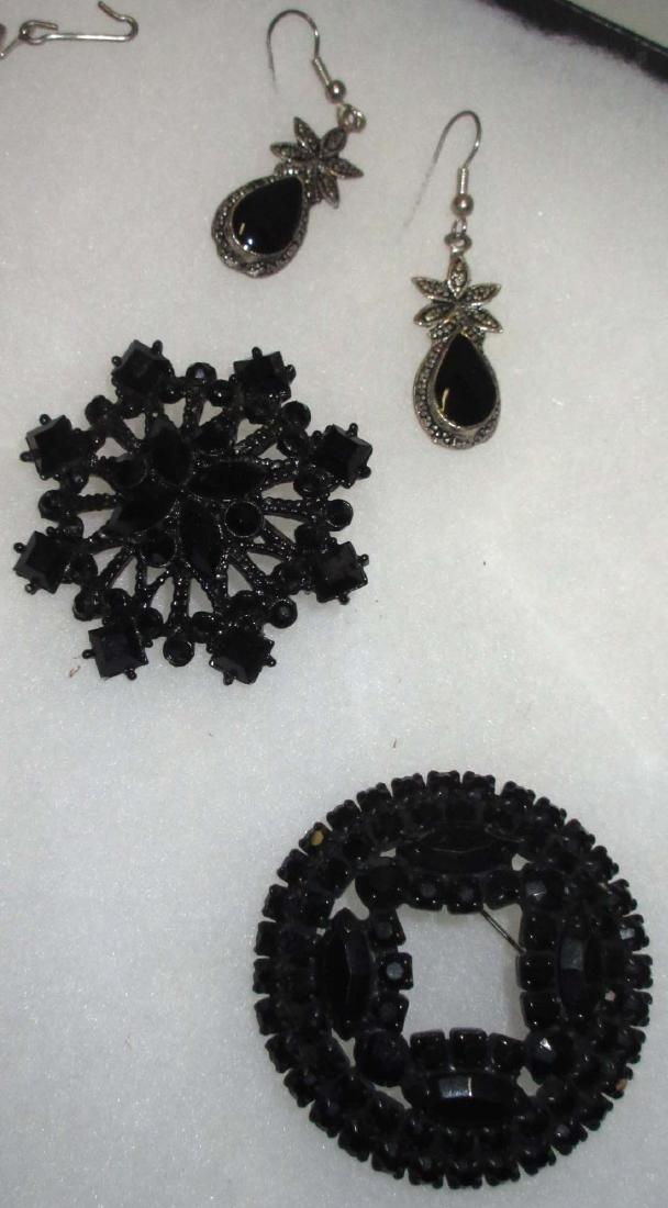 8 piece Nice Black/Clear Rhinestone Jewelry - 2