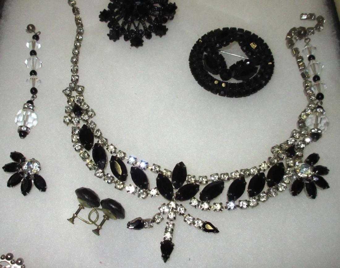 8 piece Nice Black/Clear Rhinestone Jewelry - 3