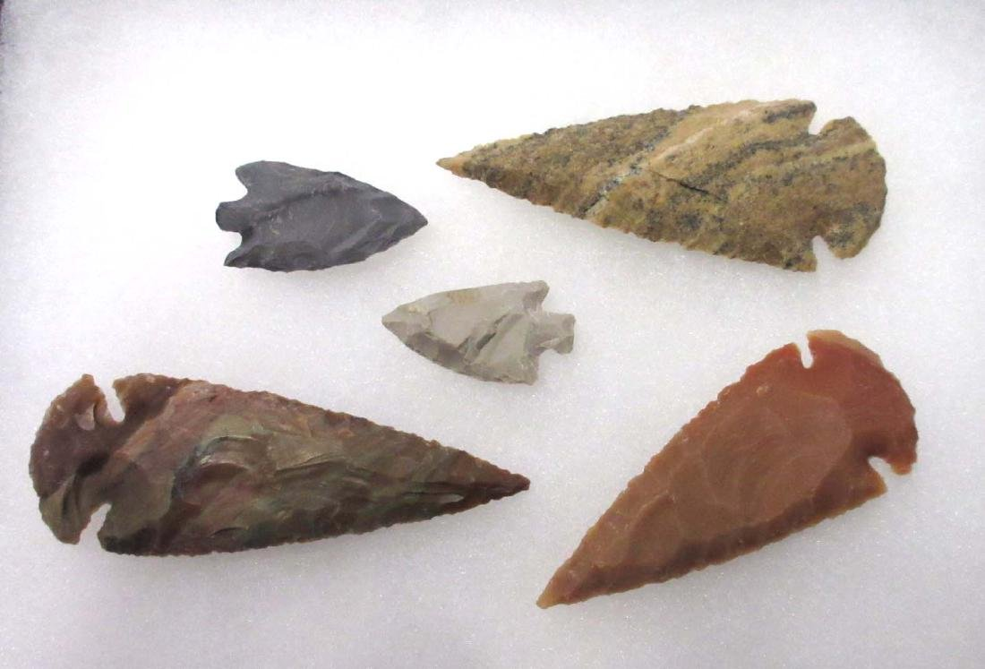 Lot Modern Arrowheads