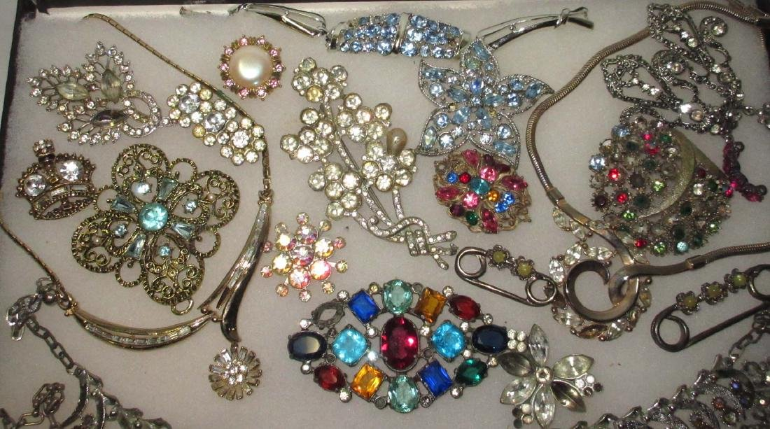Lg Lot of Jewelry for Harvest or Repair - 2