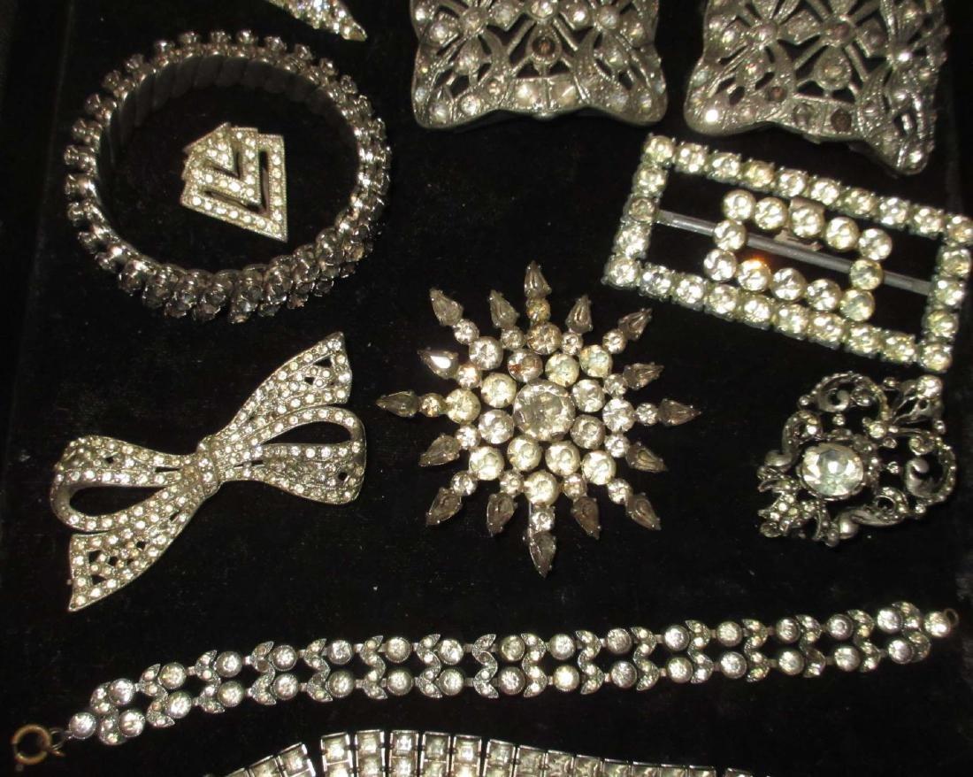 16 piece Antique & Clear Rhinestone Jewelry - 3