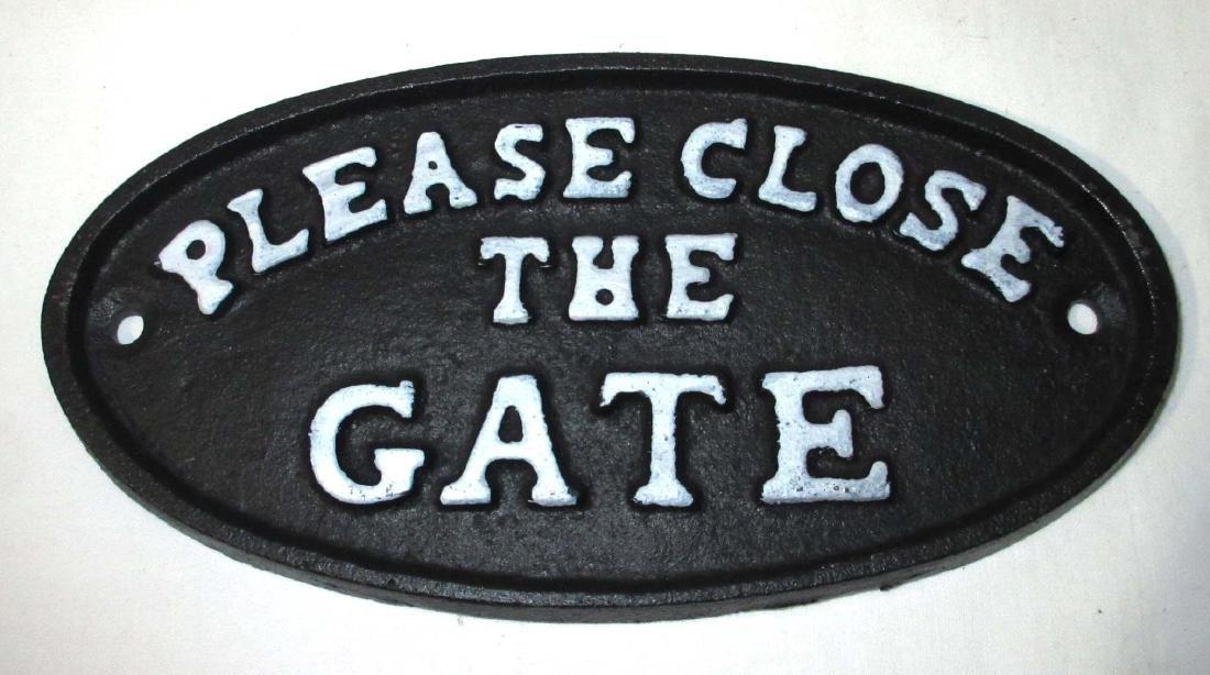 """Cast Iron """"Please Close the Gate"""" Plaque"""