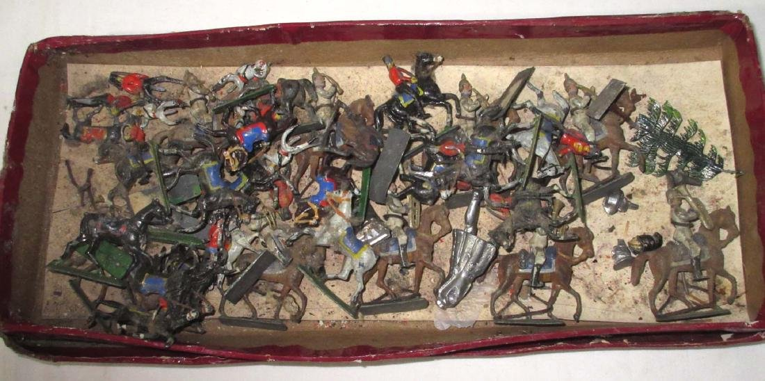Large Lot Mini Lead Soldiers & Horses