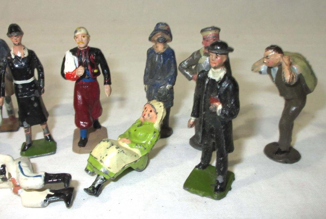 Lot of Lead Townspeople - 3