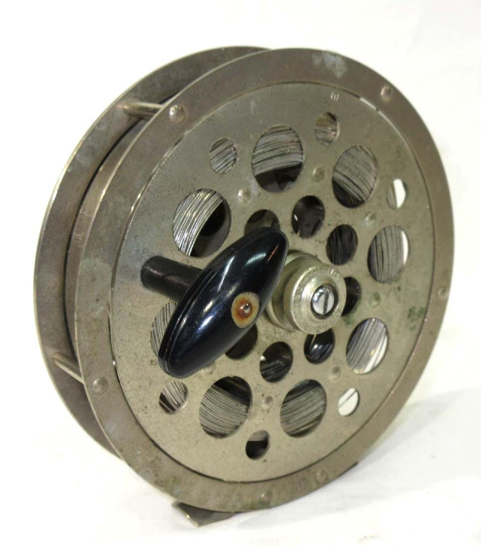 Pflueger Sal-Trout No. 1558 Fishing Reel