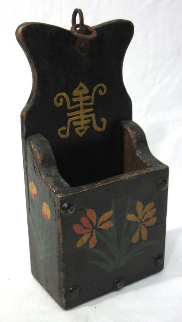 Primitive Hanging Wall Box