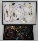 Lg. Lot Shell-Wood-Coral Jewelry