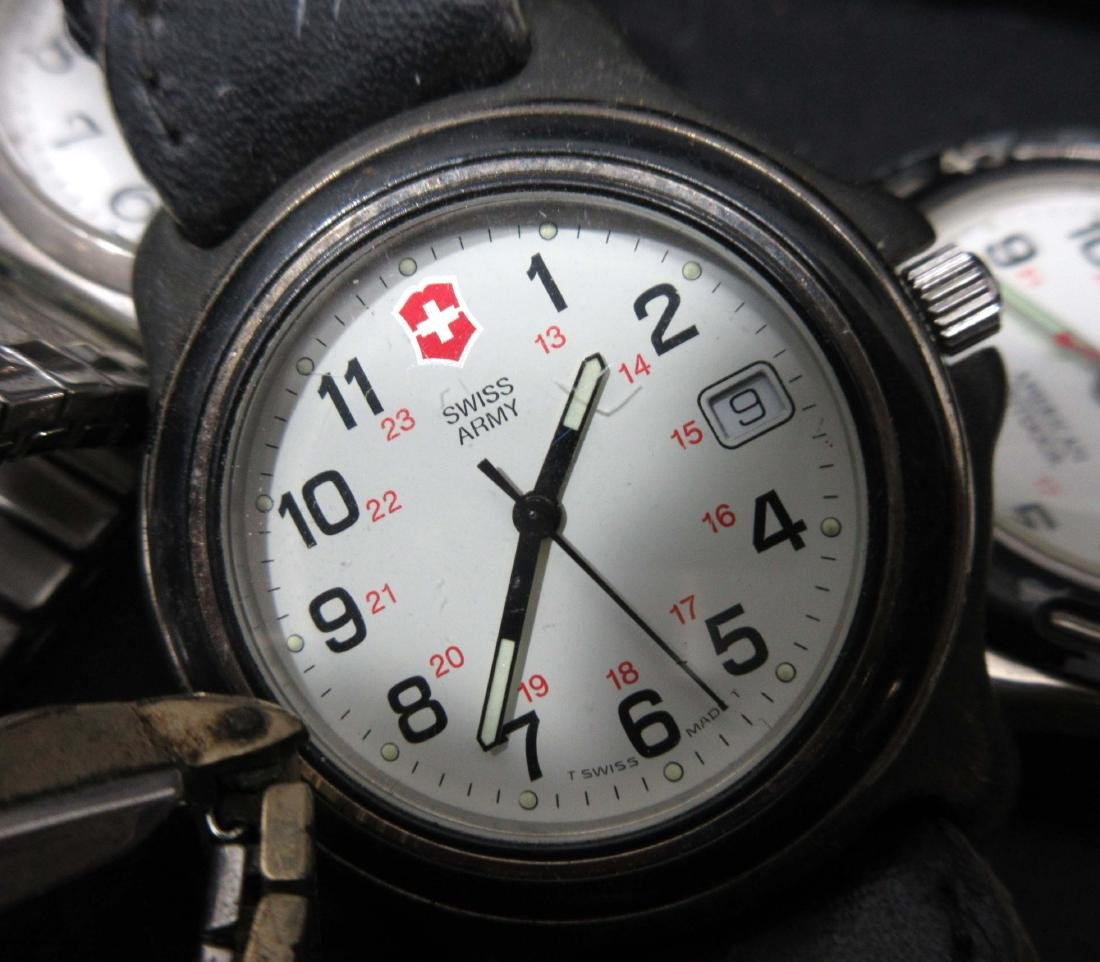 Lot of Wristwatches - 3