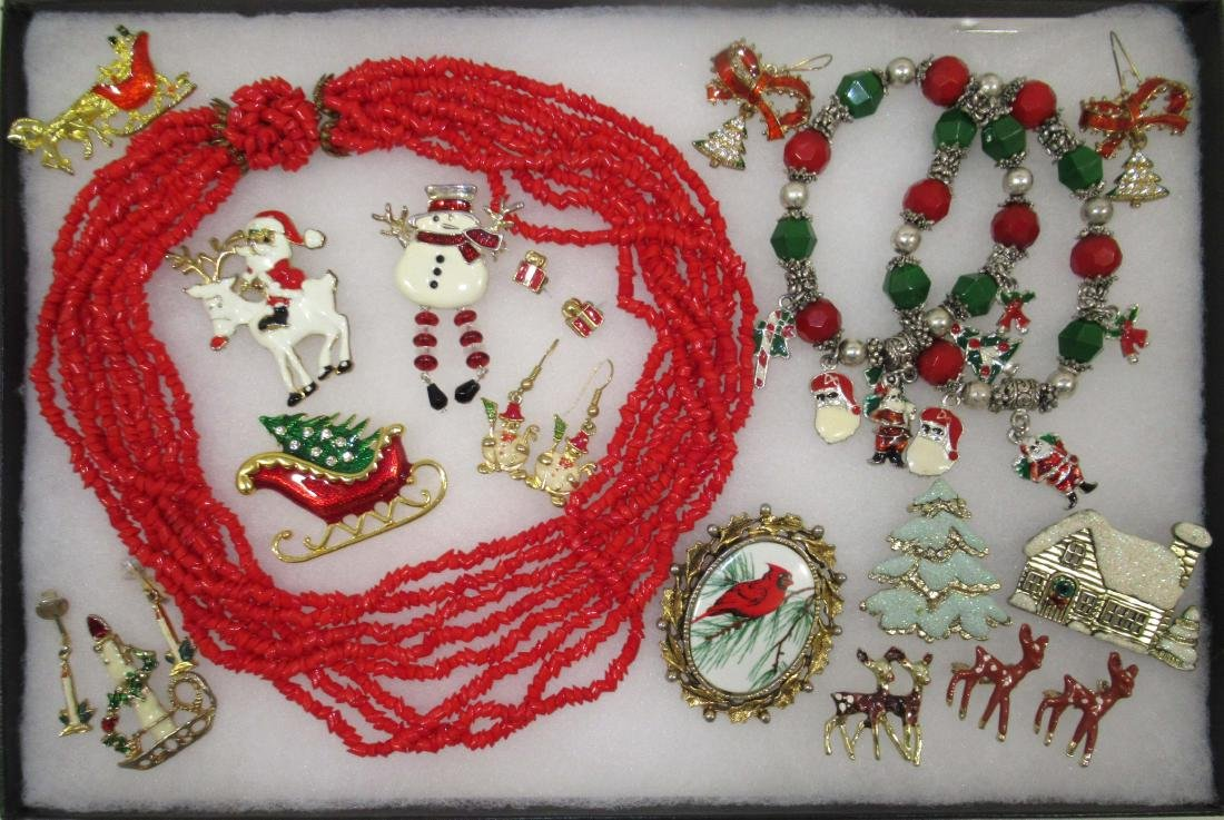 Vtg Christmas 17pc Jewelry