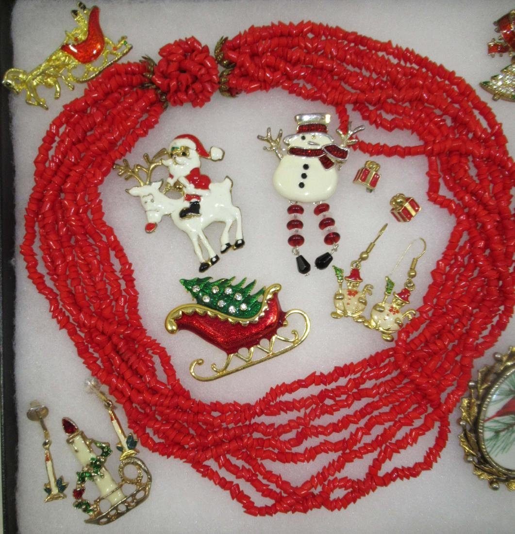 Vtg Christmas 17pc Jewelry - 2