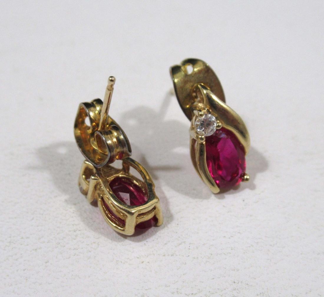 14kt Pin 3.7g,10kt Rings & Earrings 4g - 4