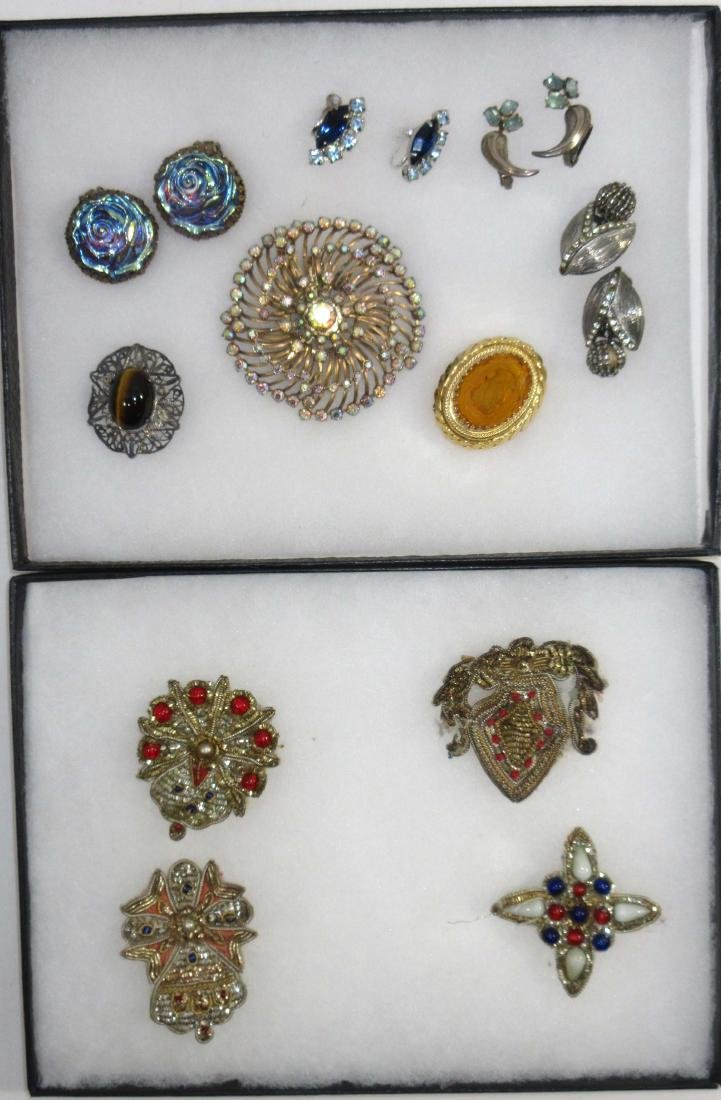 Lot of Brooches, Pins, & Earrings