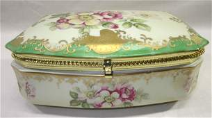 Porcelain Hinged Dresser Box