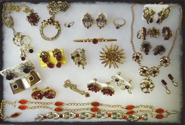 1: Faux Garnet Rhinestone Jewelry Lot