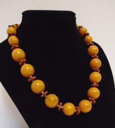 6: Catalin Bakelite Necklace - 2