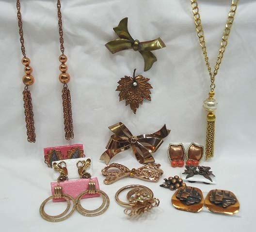 12: 14 pc Lot Pretty Copper Jewelry