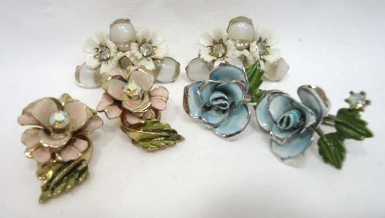 23: Huge Coro Floral Jewelry Lot - 10