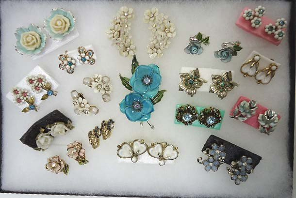 23: Huge Coro Floral Jewelry Lot
